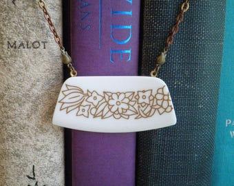 Vintage Corelle Woodland China Pattern Necklace. Broken China Jewelry. Broken Plate Brown Flower Bar Pendant. Retro Floral Bib Necklace Gift