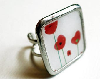Square ring, poppies