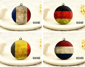 1pcs Retro National flag Locket Necklace , Antique Bronze Brass France, Germany, Netherlands, Belgium Retro Flag Charm Pendant