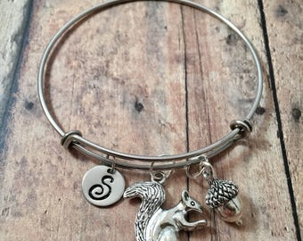 Squirrel with acorn initial bangle - squirrel jewelry, woodland jewelry, silver squirrel bracelet, acorn jewelry, woodland bangle