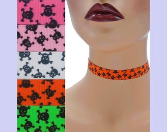 Skull and Crossbones Choker 5/8 inch wide Custom made Your Length and Color (approximate width 16 mm) black skulls halloween punk grosgrain