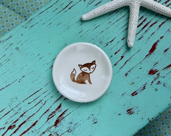Brown Fox on Mini Ceramic Dish, Mini Ring Dish with Brown Fox, Trinket Dish With Fox Design