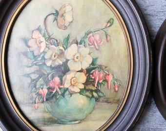 Two Vintage Botanical Art Prints, Vintage Art, Vintage Framed Art, Vintage wall decor, framed print, flower art work, Floral Print, Oval set