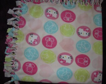 Hello Kitty  NoSew Blanket