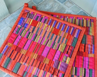 Quilted Potholders, Modern Pot Holders,  Gift for Mom, Kaffe Fassett Pot Holders, Gift under 20, Foodie Gift, Gift for Woman