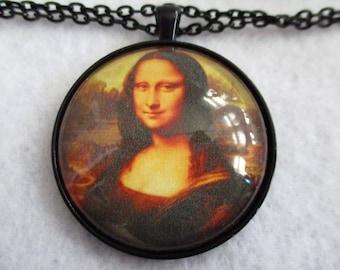MONA LISA Smile Cabochon PENDANT Necklace