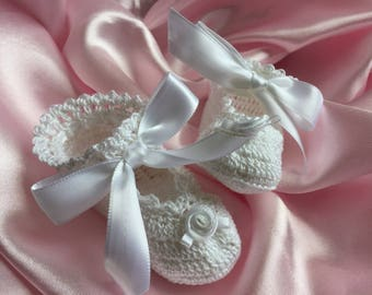 Crochet Baby Booties, Christening Booties, Newborn Baby Booties, Blessing Booties, White Baby Booties, Heirloom Baby Booties, Baby Booties