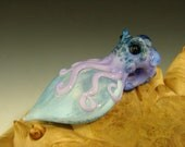 Art Glass Octopus Pendant focal bead lampwork Boro Eyeball oddity by Eli Mazet VGW (ready to ship)