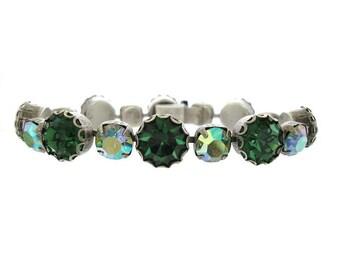Vintage Emerald Bracelet.  Peridot AB Line Bracelet. Fine Vintage 1940s Jewelry
