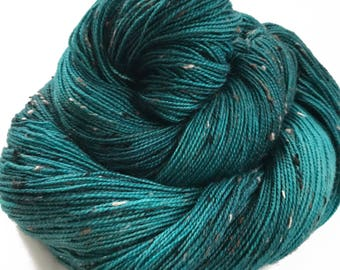 "Donegal tweed yarn, hand dyed, fingering weight, 438 yds, 2 ply, teal, ""Clodagh"",  BFL and nylon blend"