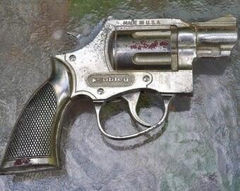 """Hubley """"Trooper"""" Toy Cap Gun"""