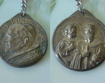 Vintage Catholic Medal Pendant Paulus VI Pontifex Max and S Petrvs / S Pavlvs Made in Italy Text All in Italian Silver Tone Metal