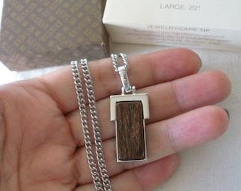 "NIB Avon 1979 ""NATURAL WOOD Pendant Neckchain"" Silver and Wood Pendant On 20"" Silver Neck Chain Original Box Mens Jewelry"