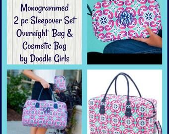 Monogrammed Mia Tile Duffel and Cosmetic Bag.  2 piece weekender set.  Great gift idea. Ladies monogrammed overnight bag.