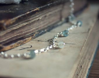 The Snowfall Necklace. Delicate Boho Sterling Silver and Moss Aquamarine Choker Necklace.