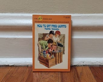 How to Eat Fried Worms by Thomas Rockwell 1973 Vintage Book Paperback Children's Library
