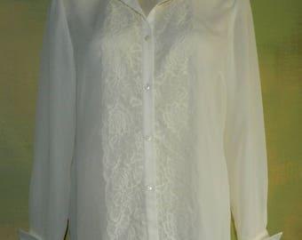 L Petite 80s Ivory Sheer Lace Blouse Bartender Hostess Customer Service