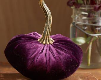 Scented Velvet Pumpkin, Plum