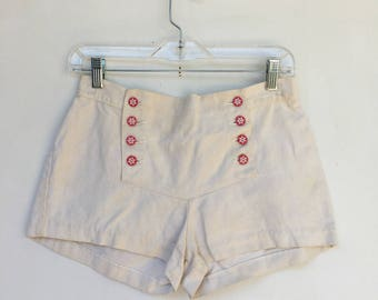 Vintage 70s Cream Lady Wrangler Broadfall Hip Huggers Short Cotton Shorts