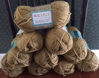 lot of 10 Bernat Waverly soft worsted category 4 yarn COLONIAL BEIGE  3.5 ounces 197 yards acrylic skein knitting crochet discontinued new