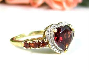 Vintage STS STERLING Heart Ring Ruby or Garnet Gold Silver 2 Tone Sz 7