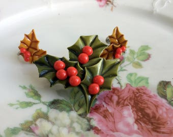 Vintage Celluloid Christmas Holly Berry Brooch Earrings set Mistletoe