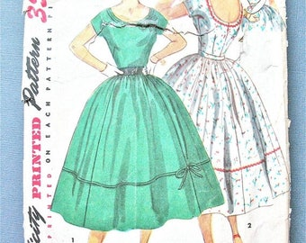 ON SALE 1950s Simplicity 4637 Misses' One-Piece Dress Bodice has low cut neckline short kimono sleeves Fitted Bodice Vintage Sewing Pattern