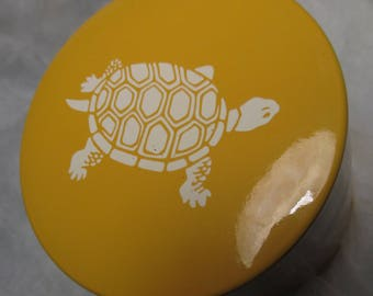 Tea Caddy Canister Container by ASAHI SATO GORDON Collection Japan Yellow color with a Turtle image on the lid asian decor vintage
