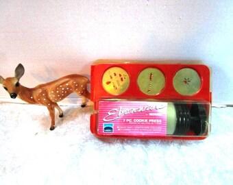 Vintage Cookie Press Mirro w/ 6 Plates + Aluminum Press +Plastic Storage Tray, Child's Starter Kit, Tea Party, Scottie Dog, Christmas Tree