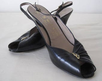 vintage Black Leather Peeptoe Slingback High Heel Sandals by Bruno Magli  size 9 1/2 narrow