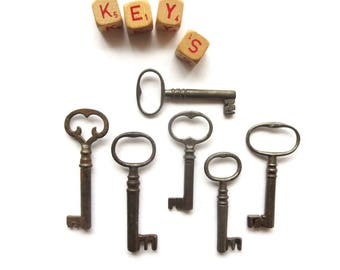 6 Vintage skeleton keys Antique skeleton keys Primitive keys Old keys Antique key Old skeleton keys Old French style keys Open barrel key #1