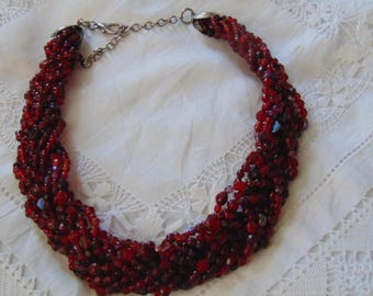 "Beautiful deep red vintage twisted bead necklace collar 1970 16"" plus extenders"