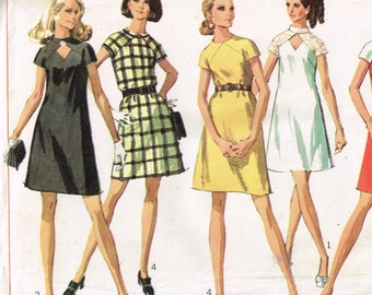 60s Mod Dress Pattern Simplicity 8139 Bust 32 1/2 Short Sleeved Above Knee Front Cutout Mod Dress Vintage 1969 Sewing Pattern