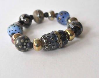 SALE Chunky Blue Bracelet, Lampwork Bracelet, Stretch Bracelet, Glass Bead Bracelet, Shiny Metallic Bracelet