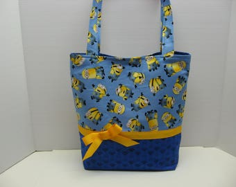 Romping Minions Tote Bag with Five Pockets Inside!