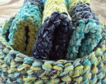 Hand Crocheted Wash Cloths and Basket Set