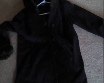 Nice blk winter coat w hood -- sz med= SALE
