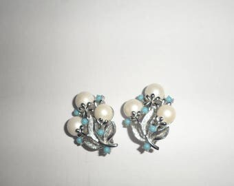 Vintage Sara Coventry Clip On Earrings Silver Tone with Pearl Style and Blue Beads
