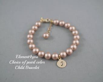 Flower girl bracelet, Initial gold charm bracelet, Child pearl bracelet, Single Pearl strand, Wedding Jewelry gift, Classic pearl bracelet.