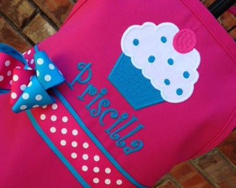 Cupcake Apron, Personalized Embroidery, Apron with Name, Birthday Party Favor, Birthday Gift, Chef Apron, Mommy and Me Aprons