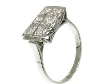 ON SALE 1930s Diamond platinum engagement ring