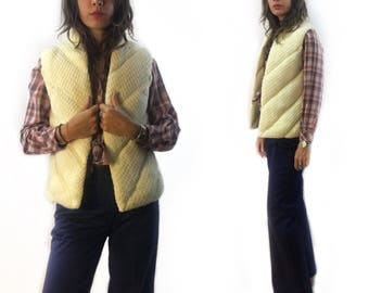 vintage 70s puffy chunky sweater knit waistcoat vest // women's size large // the Italian mob // fall winter fashion