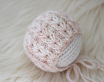 Knitting Pattern, Knit PDF Pattern,  Newborn Hat Pattern, PHOTO shoot prop,  Knit, Tutorial, PDF, Newborn hat, Simply Amazing Bonnet
