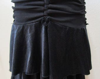 Black color mini skirt or tube dress with gathered design AND has two layers plus made in USA(vn50)