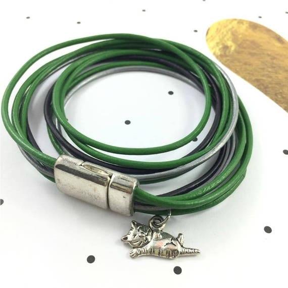 Leather, magnetic, magnet, bracelet, green, silver, black, cat charm, choker necklace, magnet, les perles rares