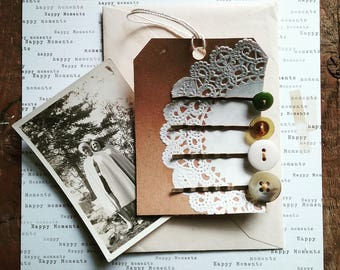 Vintage Button Hair Pin Set, Bobby Pins Made With Antique Buttons, Vintage Style Hair Accessories, Eco Friendly Gift for Women and Teens