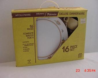 Vintage Apolloware Melmac Melamine Deluxe Dinnerware 16 Piece Set New Old Stock In Original Box  17 - 892