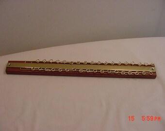 Vintage Walnut Base Tie Rack Unused -- Holds up to 72 Ties   17 - 978