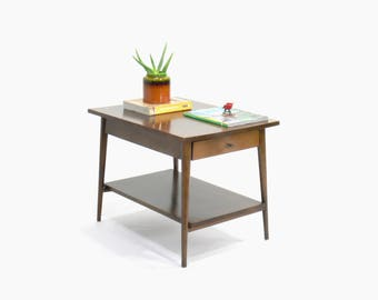 Paul McCobb Planner Group End Table // Side Table for Winchendon Furniture Company