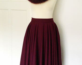 Oxblood Full skirt with pockets